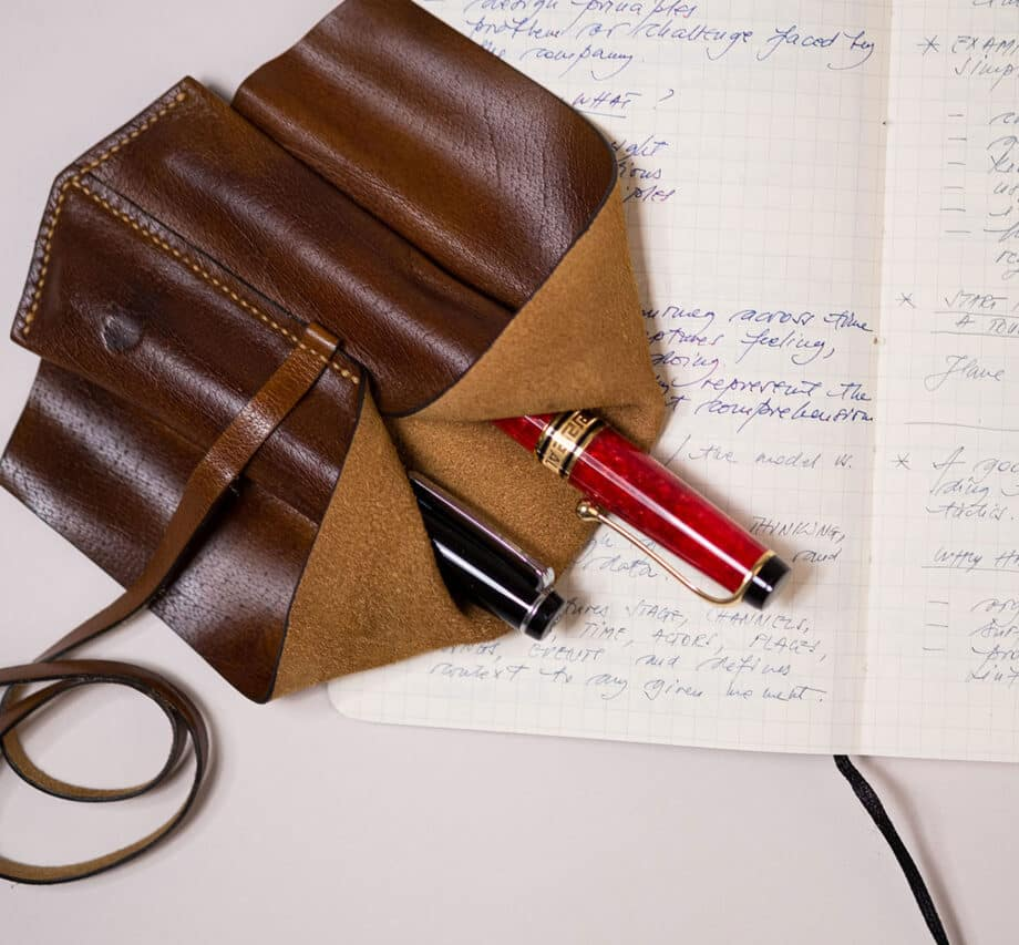 Leather pen pouch for two fountain pens - The emperor - Walnut